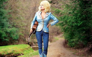 dollyparton Queen Of Country Dolly P