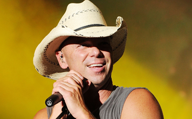 kenny chesney Kenny Chesney Sells Out, Again
