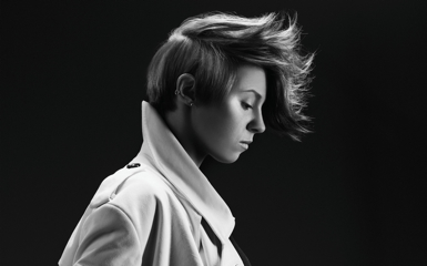 photo laroux 300rgb Last.fm Trends: La Roux Goes In For The Kill At Grammys